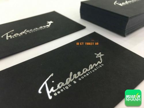 Mẫu danh thiếp cao cấp in từ giấy mỹ thuật trơn, màu đen, chữ nhũ bạc - thành phẩm in tại Công ty TNHH In Kỹ Thuật Số
