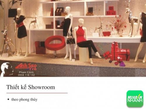 Thiết kế thi công showroom với ba màu đen - trắng - đỏ làm chủ đạo
