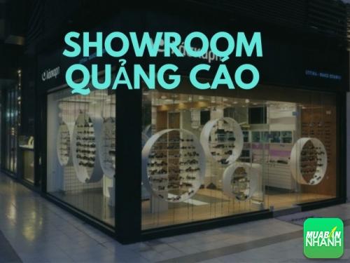 Showroom quảng cáo hiện đại, thiết kế ấn tượng sẽ góp phần thu hút khách hàng đến với bạn hơn